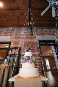 chandelier-cake2_aaron-paul