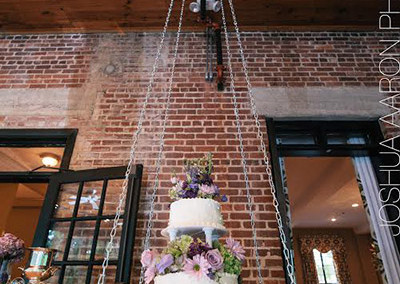 chandelier-cake2_aaron-paul