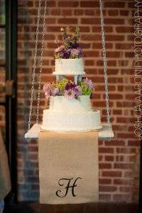 chandelier-cake_aaron-paul